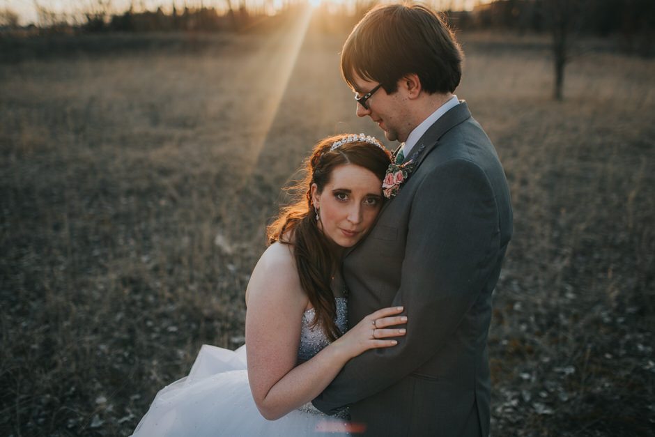 grand rapids wedding photographer rachel kaye captures beautiful couple at sunset