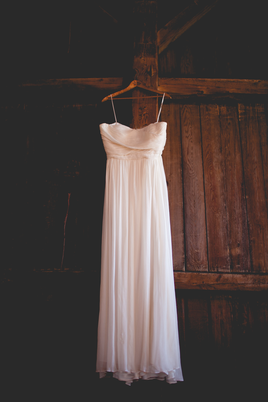 the_barn_in_new_era_wedding009