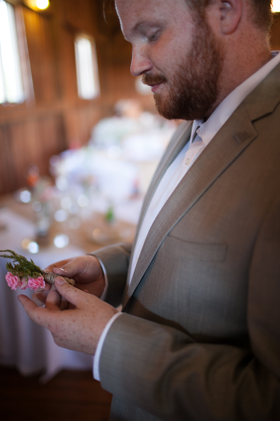 the_barn_in_new_era_wedding040