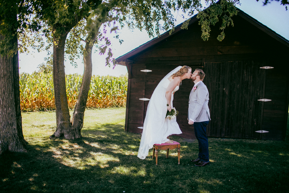 the_barn_in_new_era_wedding074