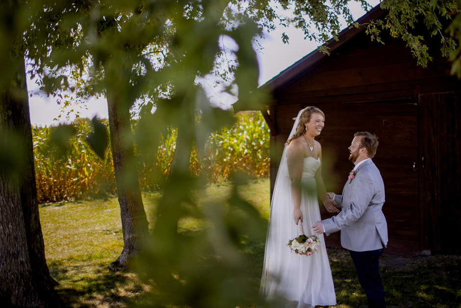 the_barn_in_new_era_wedding075