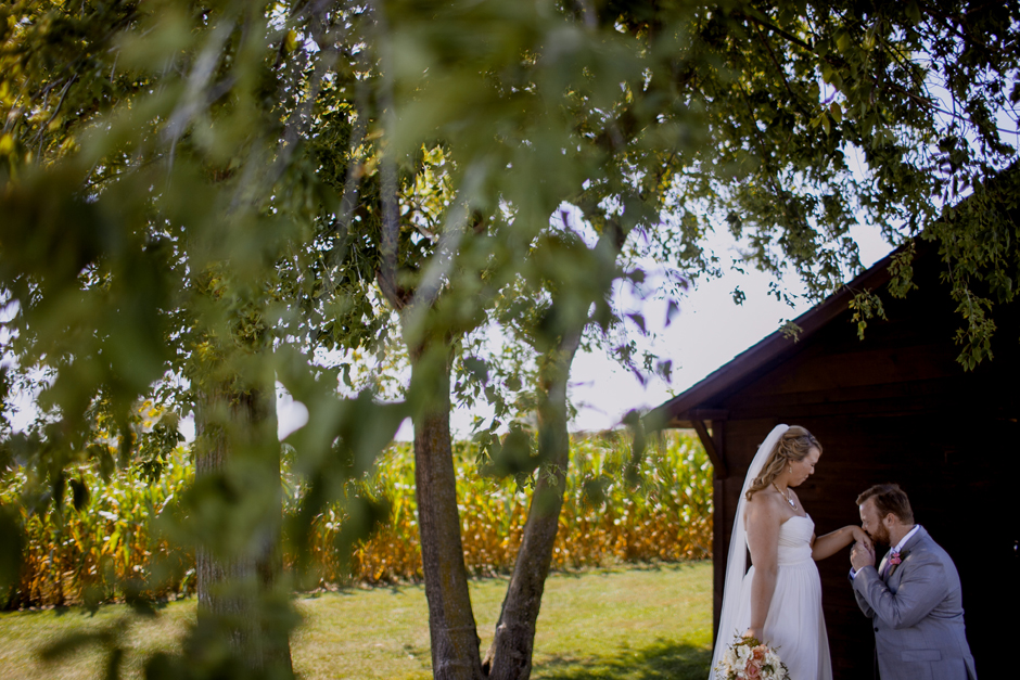 the_barn_in_new_era_wedding076