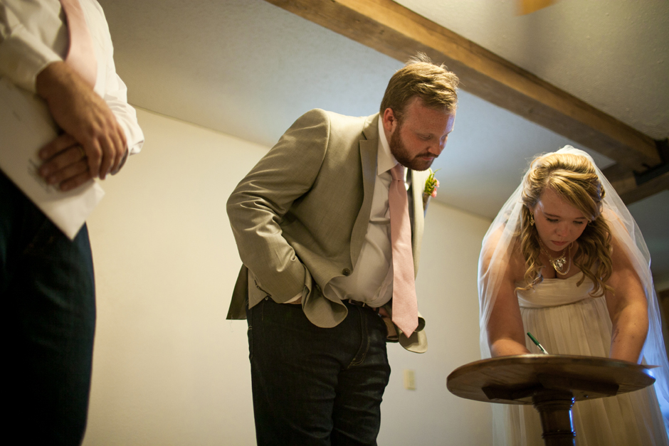the_barn_in_new_era_wedding098