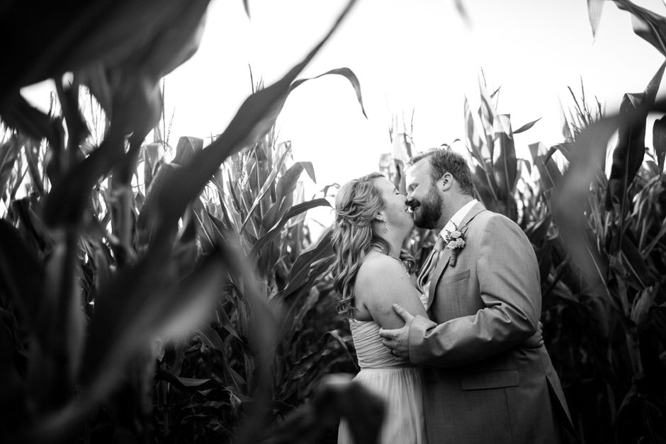 the_barn_in_new_era_wedding128