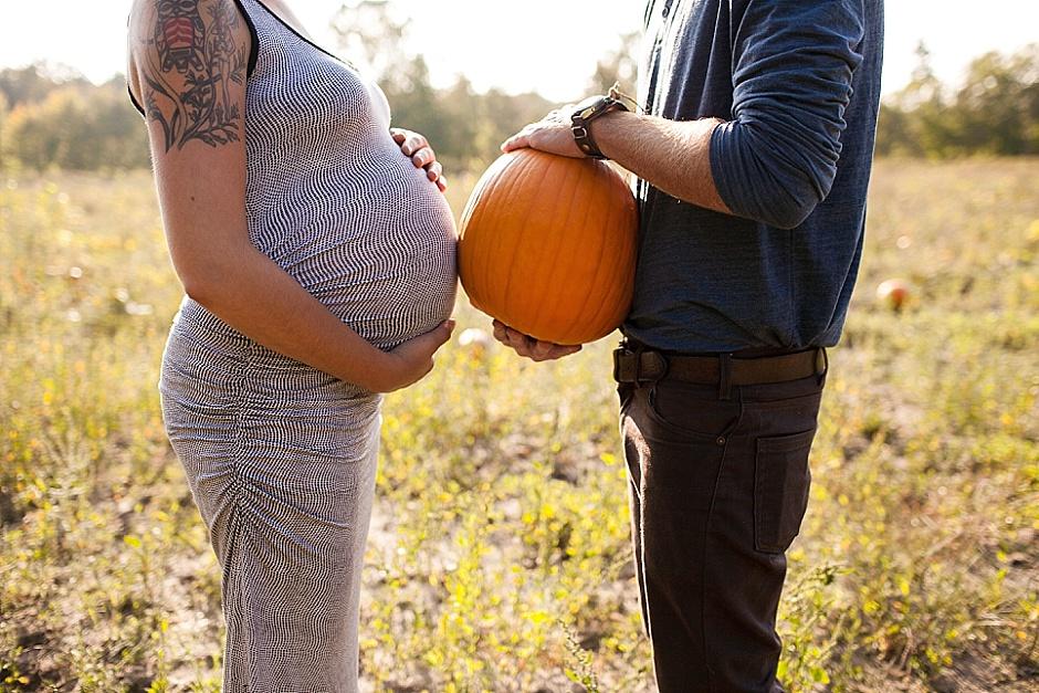 ali_jake_maternity_grandhavenphotographer_rachelkayephotography11