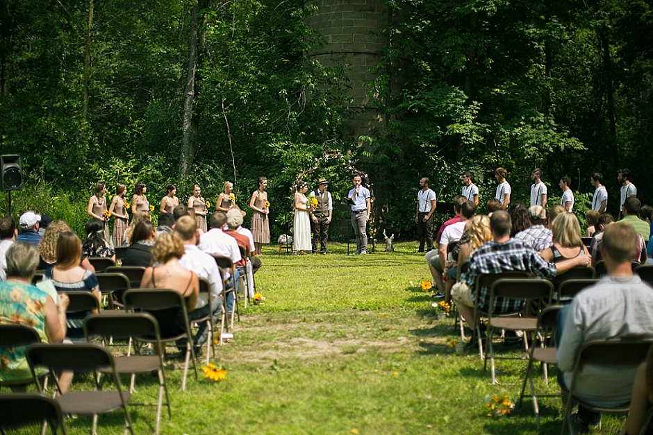 barefootwedding_hudsonvillemi_weddingphotographer068