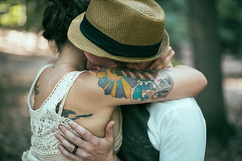 barefootwedding_hudsonvillemi_weddingphotographer100