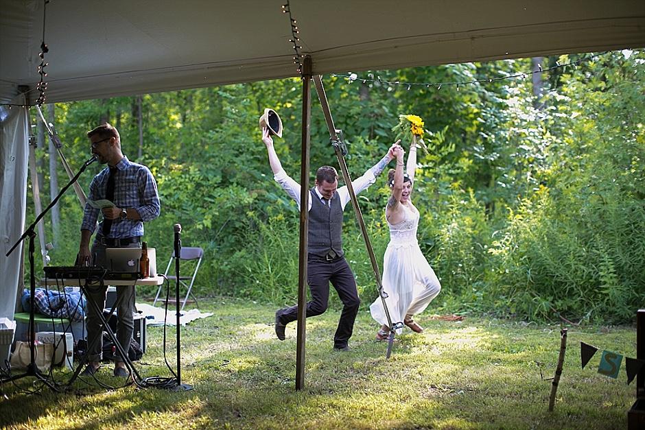 barefootwedding_hudsonvillemi_weddingphotographer107