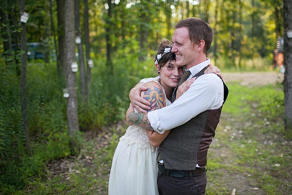 barefootwedding_hudsonvillemi_weddingphotographer115