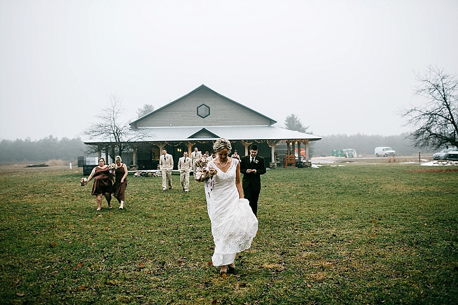 traversecityweddingphotographer_winterwedding046