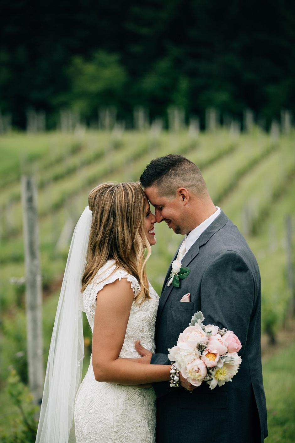 traverse_city_michigan_wedding_photographer080